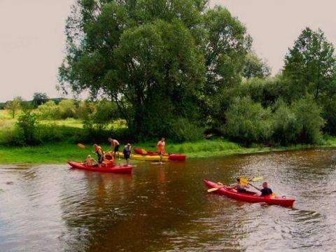Zdjęcia z ośrodka w Pałęgach: Spływ kajakowy na Nidzie